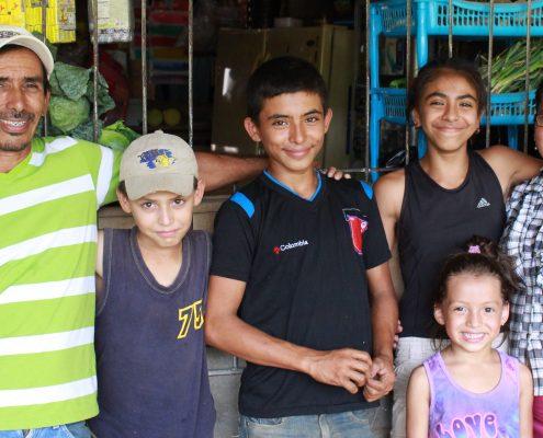 Rodolfo, Kevin Alfalanier, Fraydi, Katherine, Maria Francisca (1)